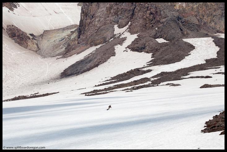 Summer snowboarding on Hood